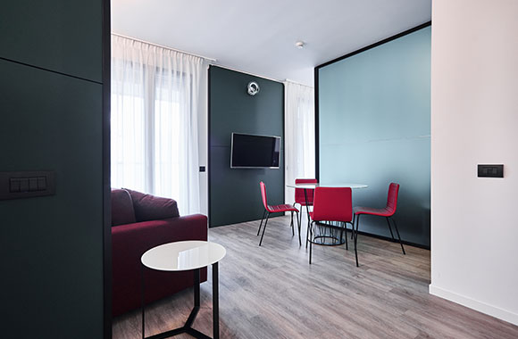 Service Apartments in Como, Italy